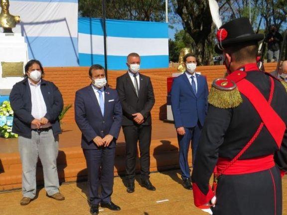 El gobernador anunció la construcción de un nuevo hospital en Puerto Libertad