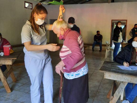 Santo Pipó: jornada solidaria y de vacunación en Cerro Romero