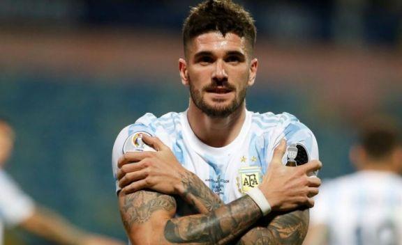 """De Paul arenga antes de la final con Brasil: """"Vamos mañana Argentina"""""""