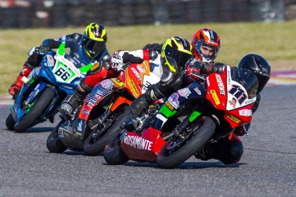 Los misioneros lograron dos podios en la segunda fecha del Superbike