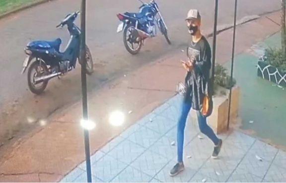 Comerciantes en alerta tras varias estafas de un joven