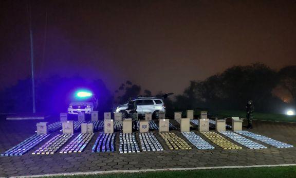 Prefectura secuestró un cargamento millonario de cigarrillos ilegales en Iguazú