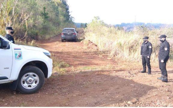 El Soberbio: encapuchados y armados, cinco hombres les robaron sus pertenencias y un automóvil a una familia