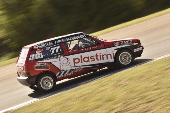 Correa, Johnson, Mattive y Viana los más rápidos en la vuelta del automovilismo