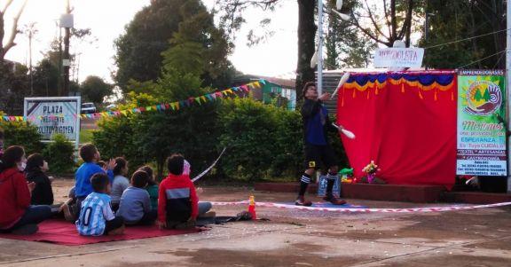 Color artístico en Hipólito Yrigoyen para los niños