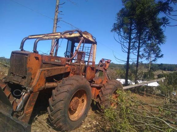 Tobuna, trabajaba en el monte y murió electrocutado por una red eléctrica rural