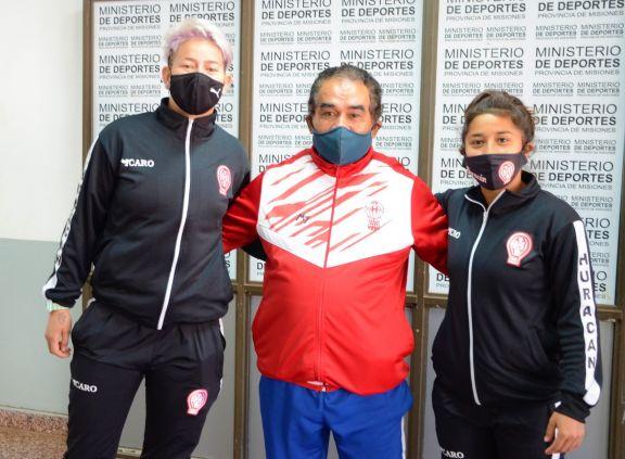 Las futbolistas Yamila Rodríguez y Cecilia López, ciudadanas deportivas destacadas de Misiones