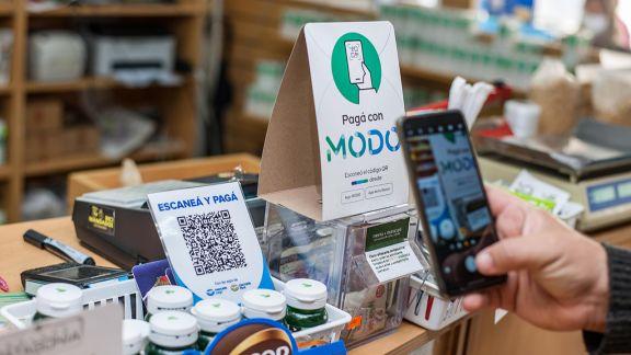 Las transacciones con billeteras digitales crecieron 18% en junio y 340% en el último año
